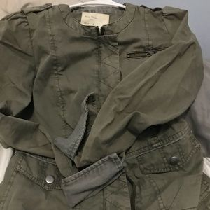 Free People olive green color jacket size 4 EUC